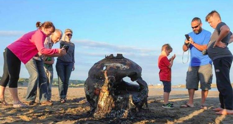 عجیب ترین اشیایی که به ساحل برگشته اند