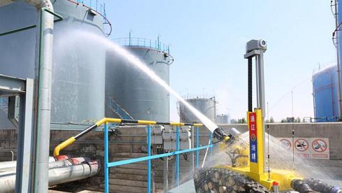 استخدام روبات آتش نشان در چین