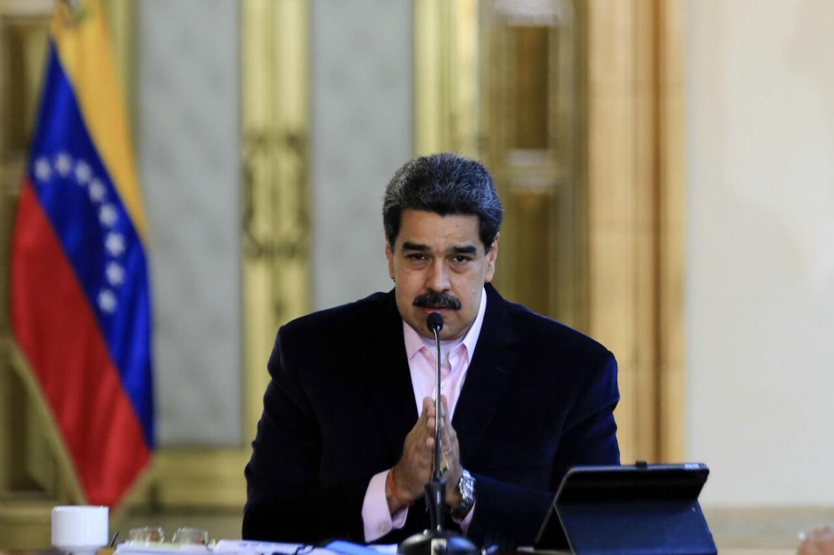 مادورو: از تحریم های ظالمانه آمریکا دادخواهی می کنیم