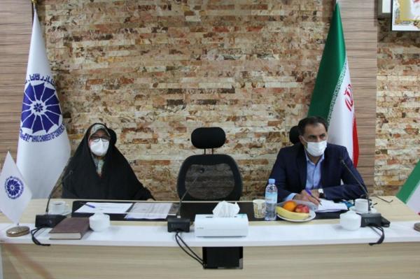 خبرنگاران دلایل اجرایی نشدن مصوبات حمایت از بخش خصوصی در خوزستان آنالیز می&zwnjشود