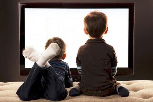 چرا نباید بچه ها را ابزار تبلیغات سیاسی کرد؟