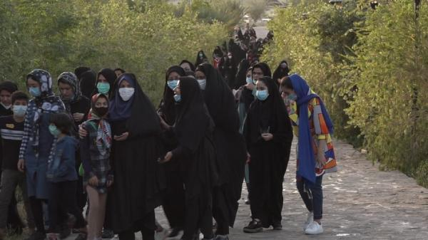 پیاده روی بانوان بافقی در قالب طرح ملی پارک گام